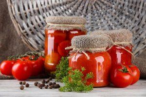 Préparations pour l'hiver des tomates