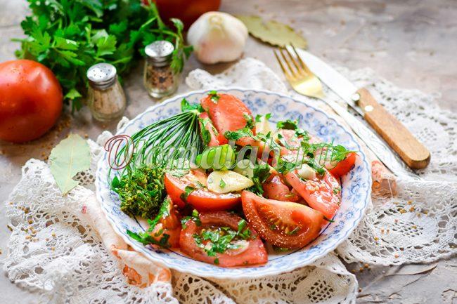 Servir des tomates