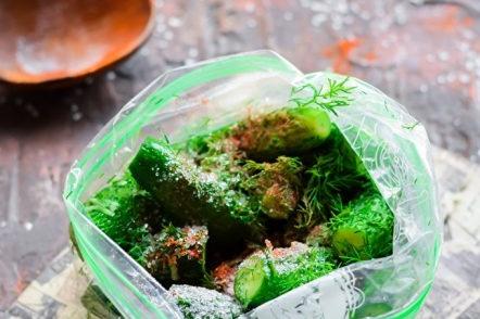 Краставици в опаковка