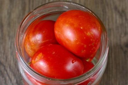 Добавете доматите