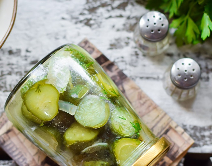 cucumber salad with onions and vegetable oil