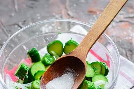 ajouter du sucre et du sel