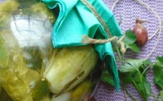 кисели краставички