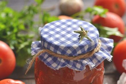 tomates prêtes à l'ail