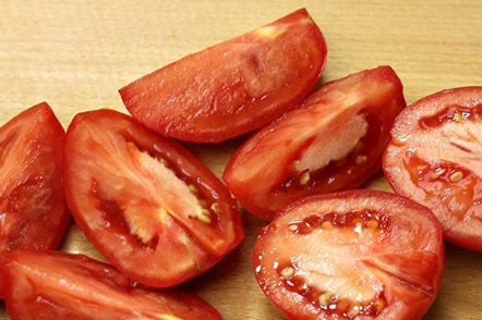 couper les tomates