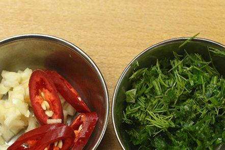зеленчуци, подправки