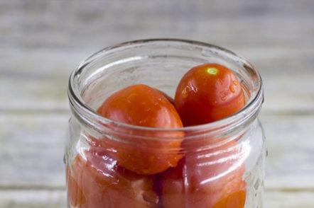 put tomatoes