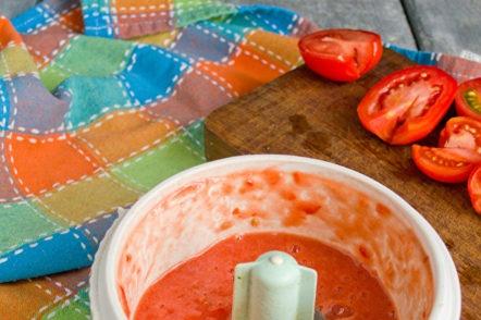 смилайте доматите в картофено пюре
