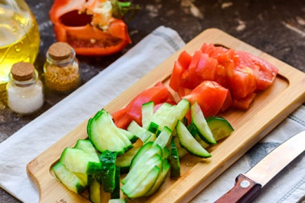 sliced tomatoes and cucumbers