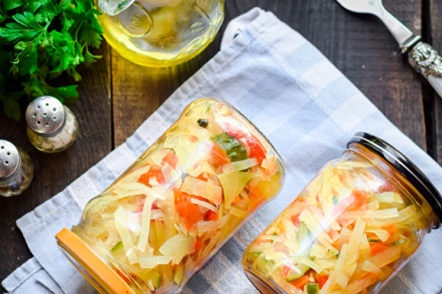 vegetable salad for the winter