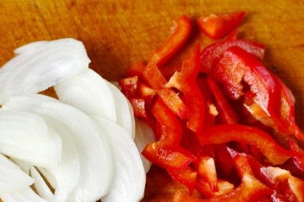 oignon et poivre hachés