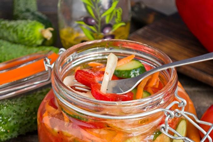 Зеленчукова салата