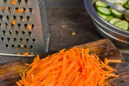 настърган морков