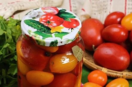 бурканче от сладки домати