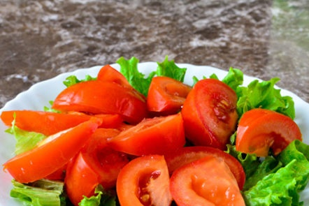 on met des tomates