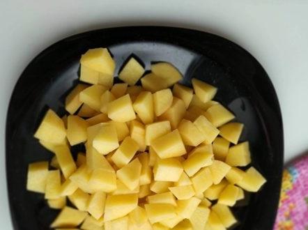 chop the potatoes