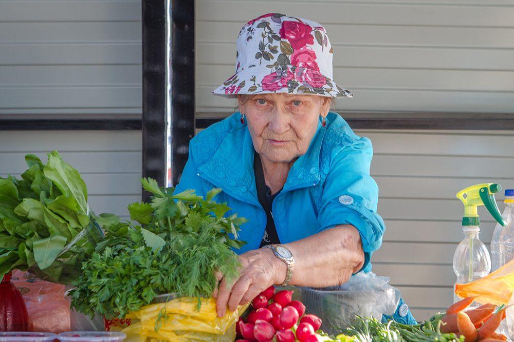 vente de légumes dans la rue