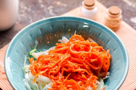 добавете морков