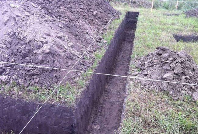 Pit under the fence posts