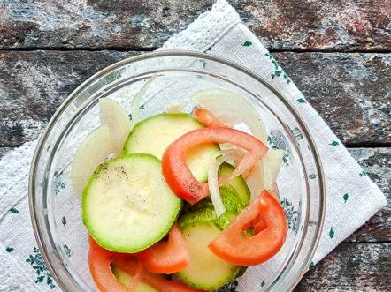 добавете домати