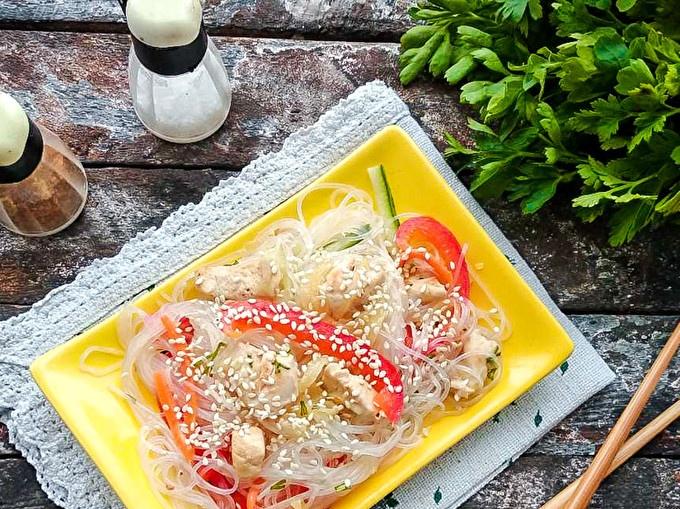delicious salad with funchozy